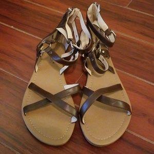 Lyssa Gladiator sandals 8.5